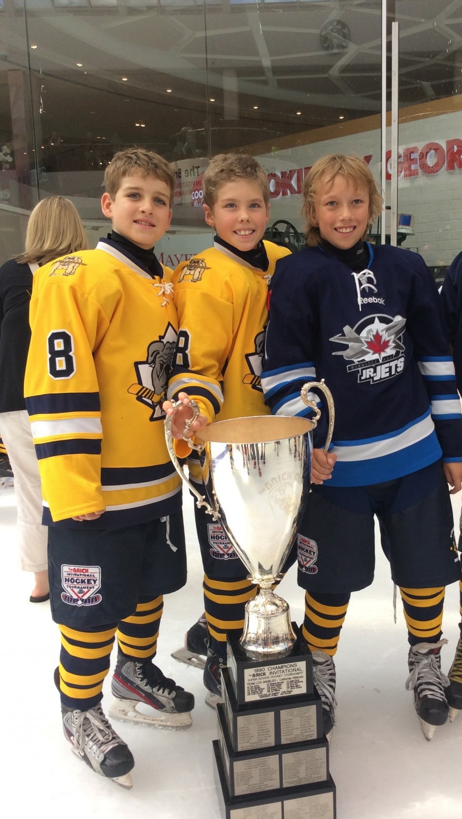 Barrie Colts Major Atom Aaa Players Triumph At The Brick Tournament